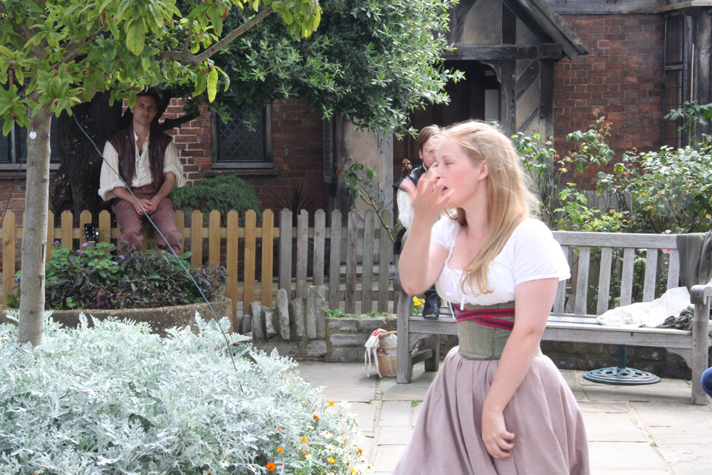 Shakespeare Alive performing at Shakespeare's Birthplace